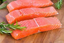 Mua cá hồi nhập khẩu tại đơn vị uy tín có lợi cho sức khỏe