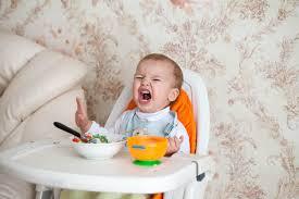 Vấn đề sức khỏe ở trẻ lười ăn lâu ngày thường gặp.