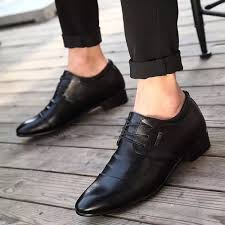 Những cách mix đồ giày nam giá rẻ cho vóc dáng bảnh bao nhất (2)